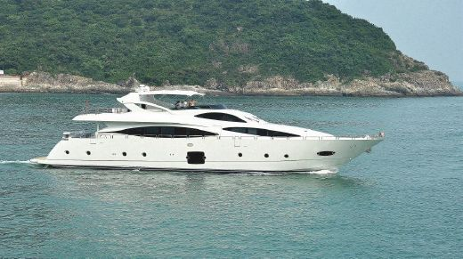 2017 Allmand Yachts Luxury Yacht 103