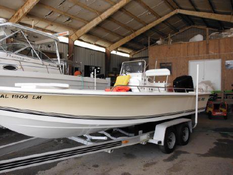 2006 Sea Pro SV2400CC Bay Boat