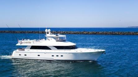 2010 Ocean Alexander 80 MY-LLC OWNED