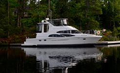 2006 Carver 44 Cockpit Motor Yacht