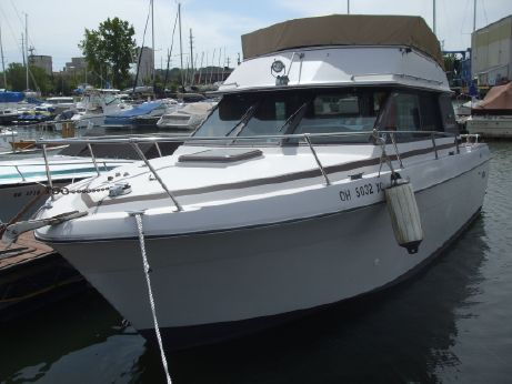 1980 Cruiser's Inc 266 FLYBRIDGE