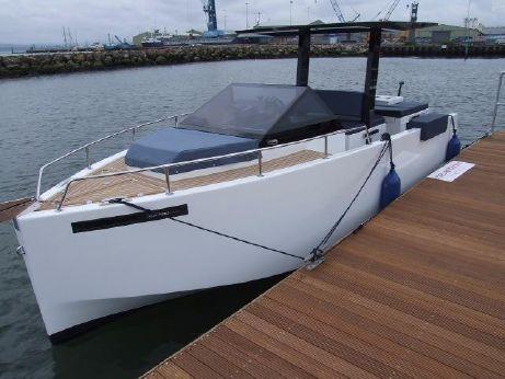 2015 De Antonio Yachts D-23