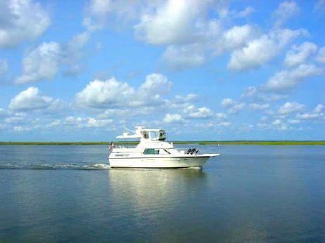 1989 Hatteras 40 Double Cabin Motor Yacht