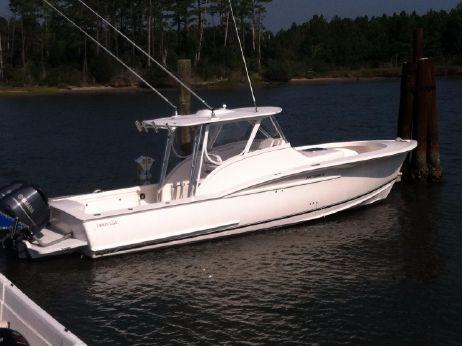 2011 Jarrett Bay Express