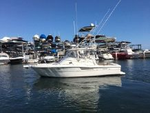 2004 Pursuit 3000 Offshore