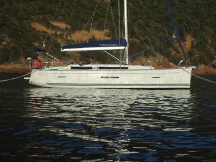 2009 Dufour 405