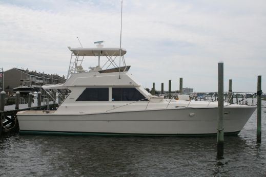 1985 Viking 46 Convertible CRUISED ONLY