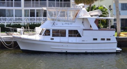 1989 Marine Trading Marine Trader 38 Sundeck Classic Beauty
