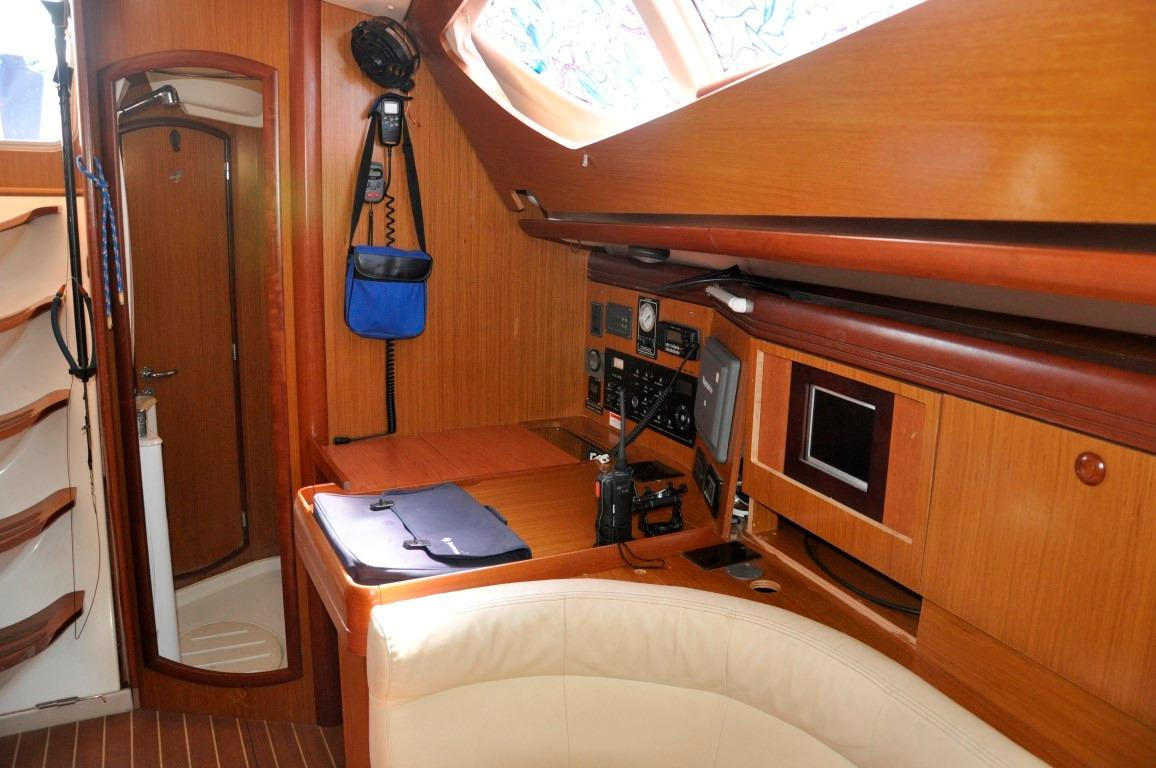 42' Jeanneau DS42+Spacious Galley