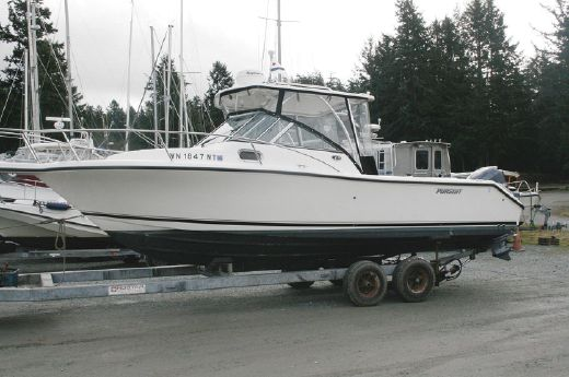 2005 Pursuit 2570 Offshore