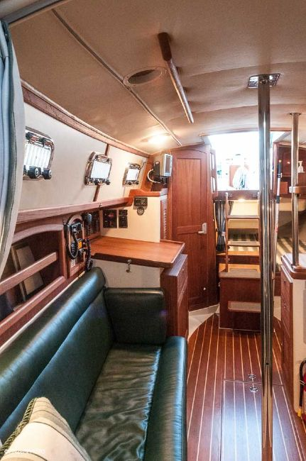 Pacific Seacraft 31 Sailboat Interior