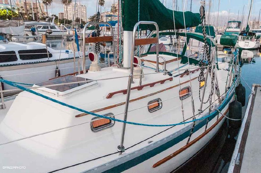 Pacific Seacraft 31 Sailboat for sale