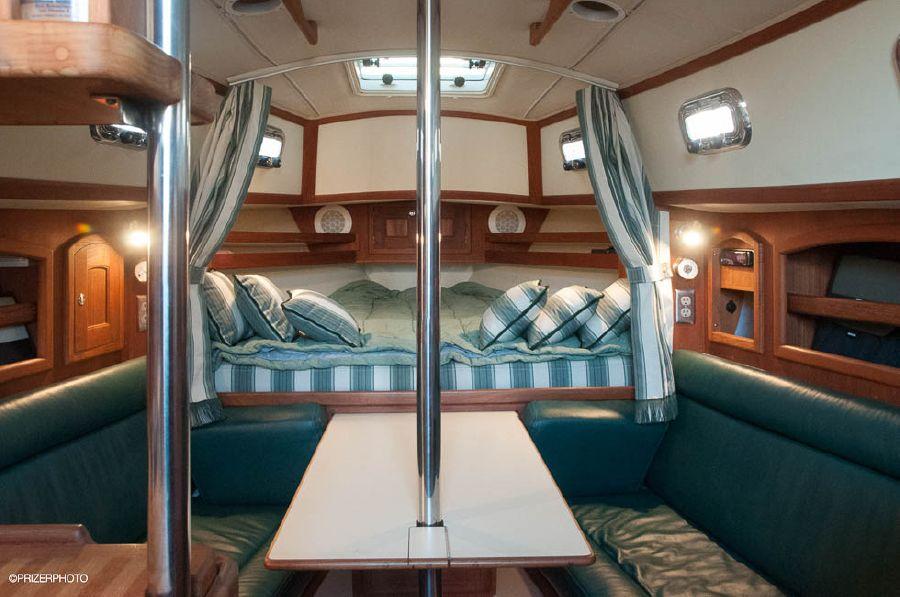 Pacific Seacraft 31 Forward Cabin