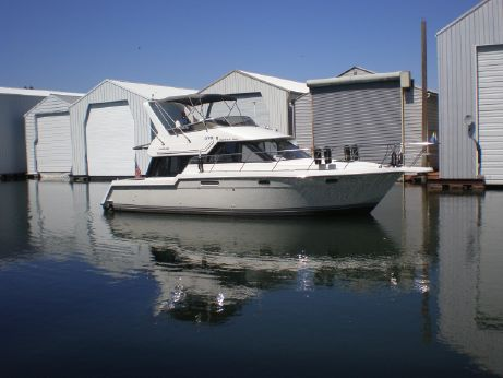 1993 Carver Yachts Voyager