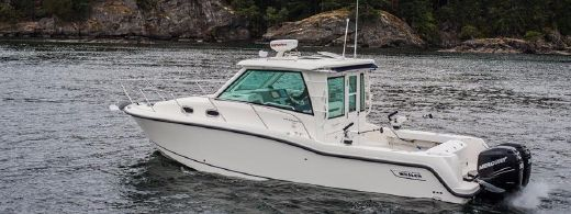 2004 Boston Whaler Conquest