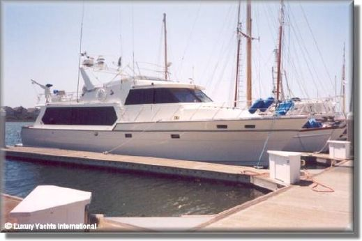 1988 Angel Marine Cockpit Motor Yacht