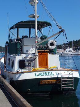 1988 Eagle Trawler 32