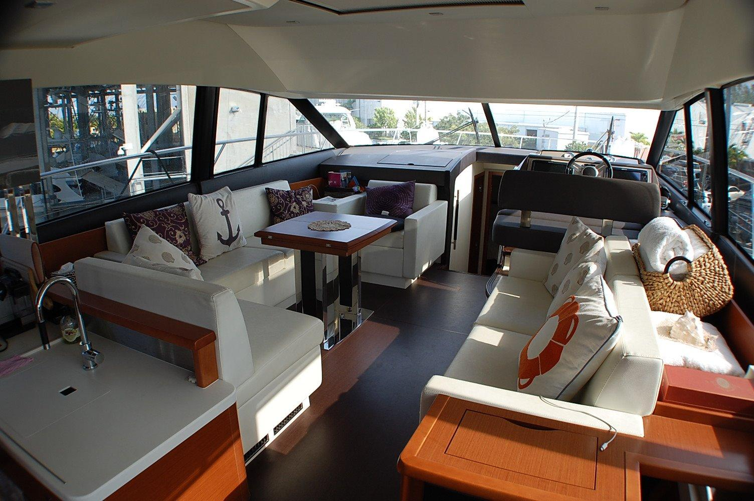 photo of  50' Prestige 500 fly