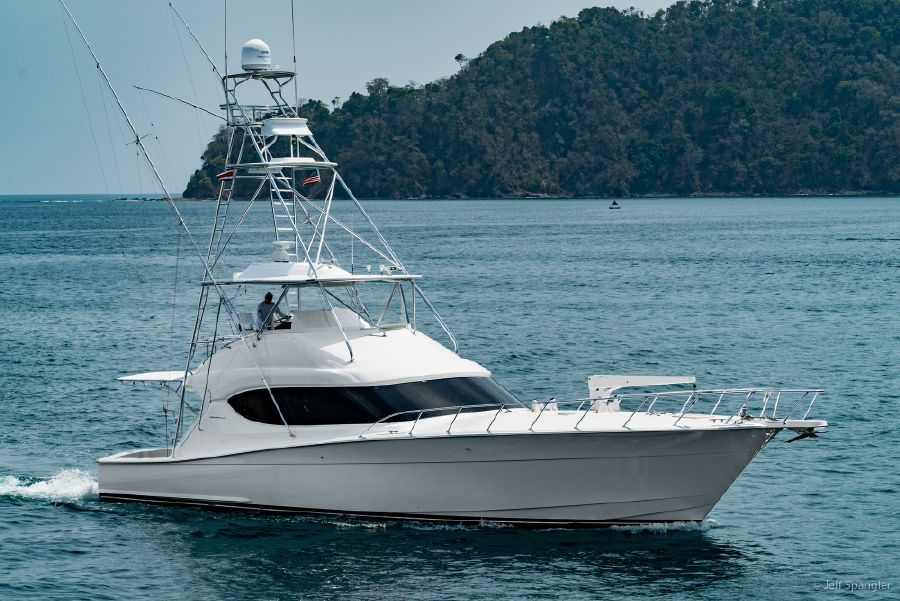 Hatteras 60 Convertible Sportfisher for sale