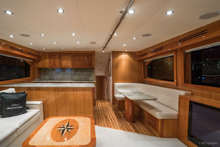 Hatteras 60 Convertible Salon Interior