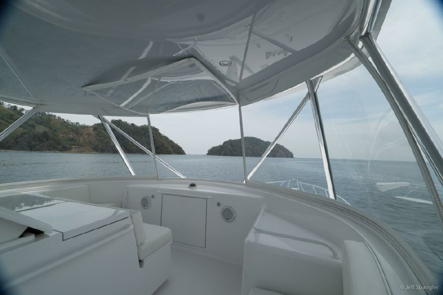 Hatteras 60 Convertible Flybridge