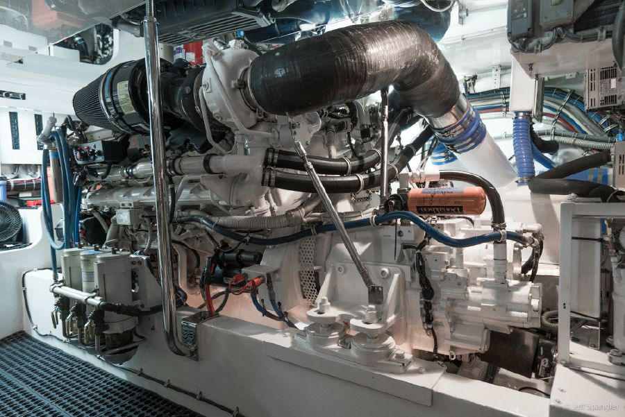 Hatteras 60 Convertible Engine Room
