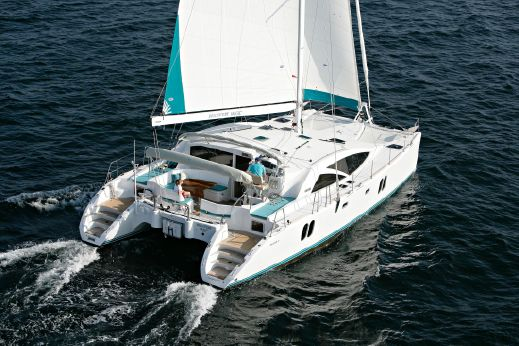 2010 Discovery Cat 50 blue water cruiser