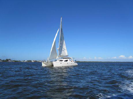 2001 Voyage Yachts Maxim 380