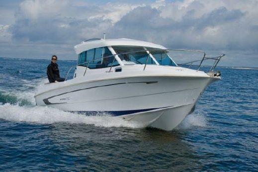 2010 Beneteau Antares 750