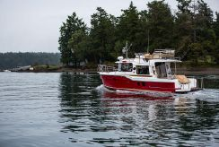 2021 Ranger Tugs R-29 Command Bridge Luxury Edition