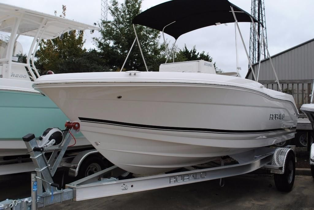 2018 robalo r180 center console power boat for sale www for Robalo fish in english