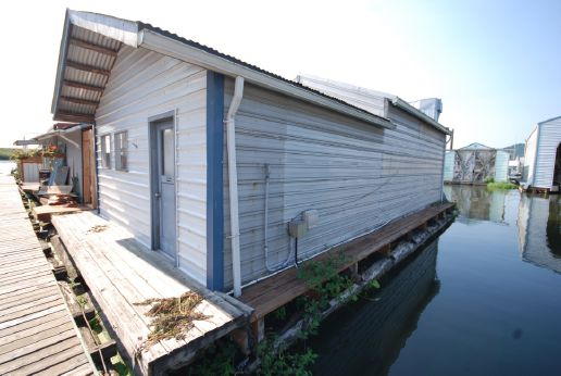 1985 Custom Floating Home Project incomplete