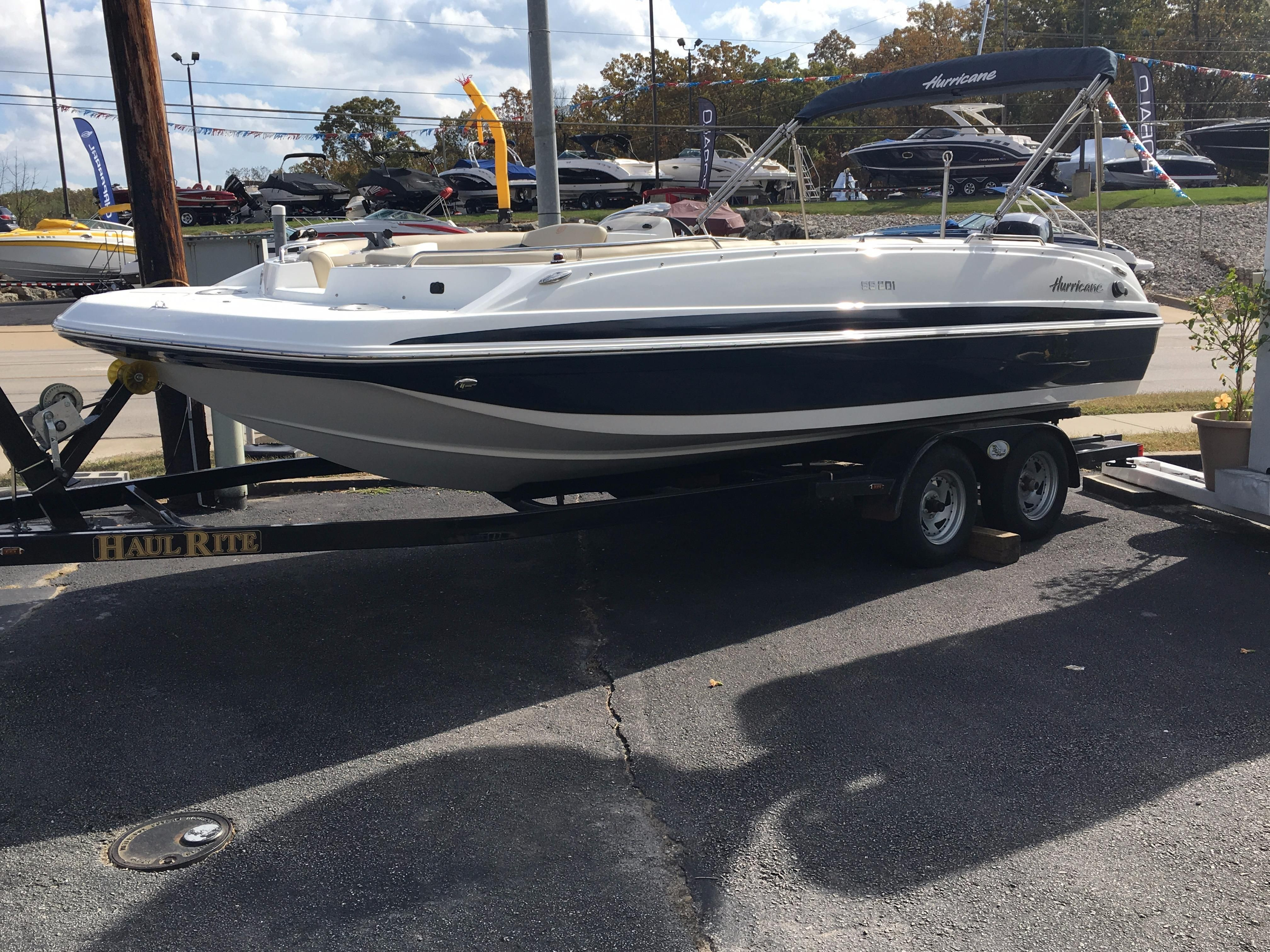 2017 hurricane sundeck sport 201 ob power boat for sale for Hurricane sundeck for sale
