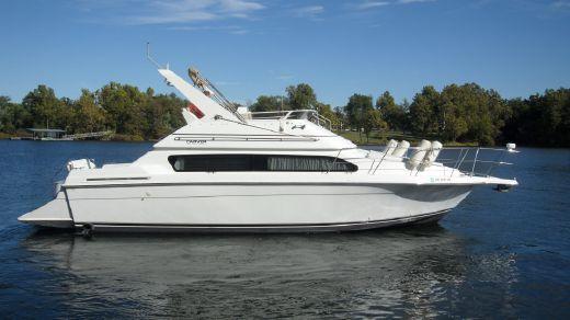 2000 Carver Yachts 380 Santego