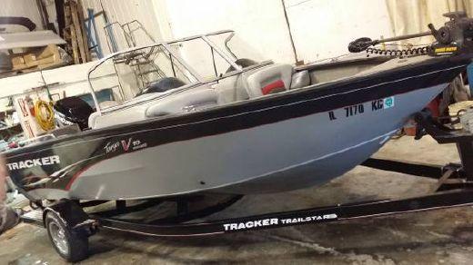 2009 Tracker Boats BASS TARGA