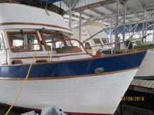1976 Ocean Marine Tri-cabin