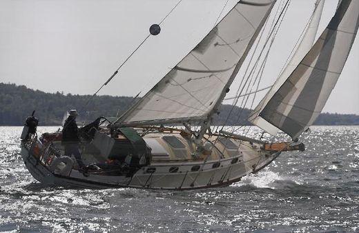 1987 Cape Dory 36