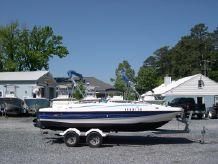 2006 Bayliner 197 Deck Boat - Merc 4.3 185HP