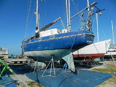 1977 Columbia 45 Motor Sailor