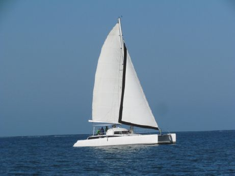 1990 Fountaine Pajot FIJI