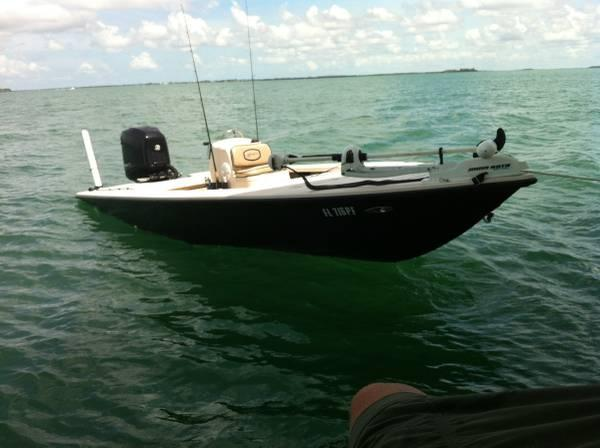 18 ft 2004 hewes redfish 18ft