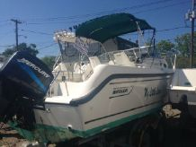 1998 Boston Whaler 21 Conquest