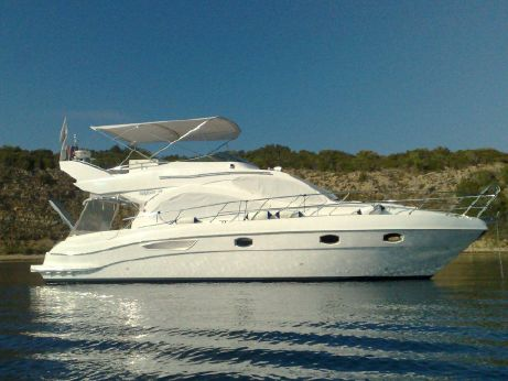 2008 Majesty Yachts 44