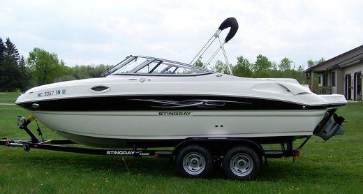 2012 Stingray 215LR