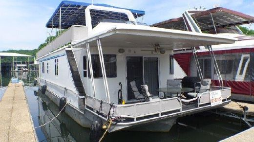 2000 Horizon 16x63 Houseboat
