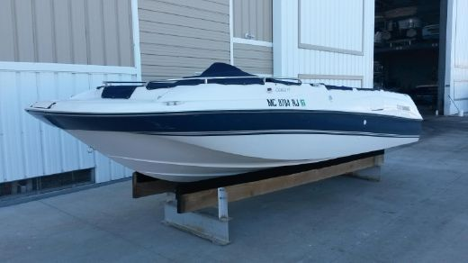 1997 Four Winns Candia 214 FS