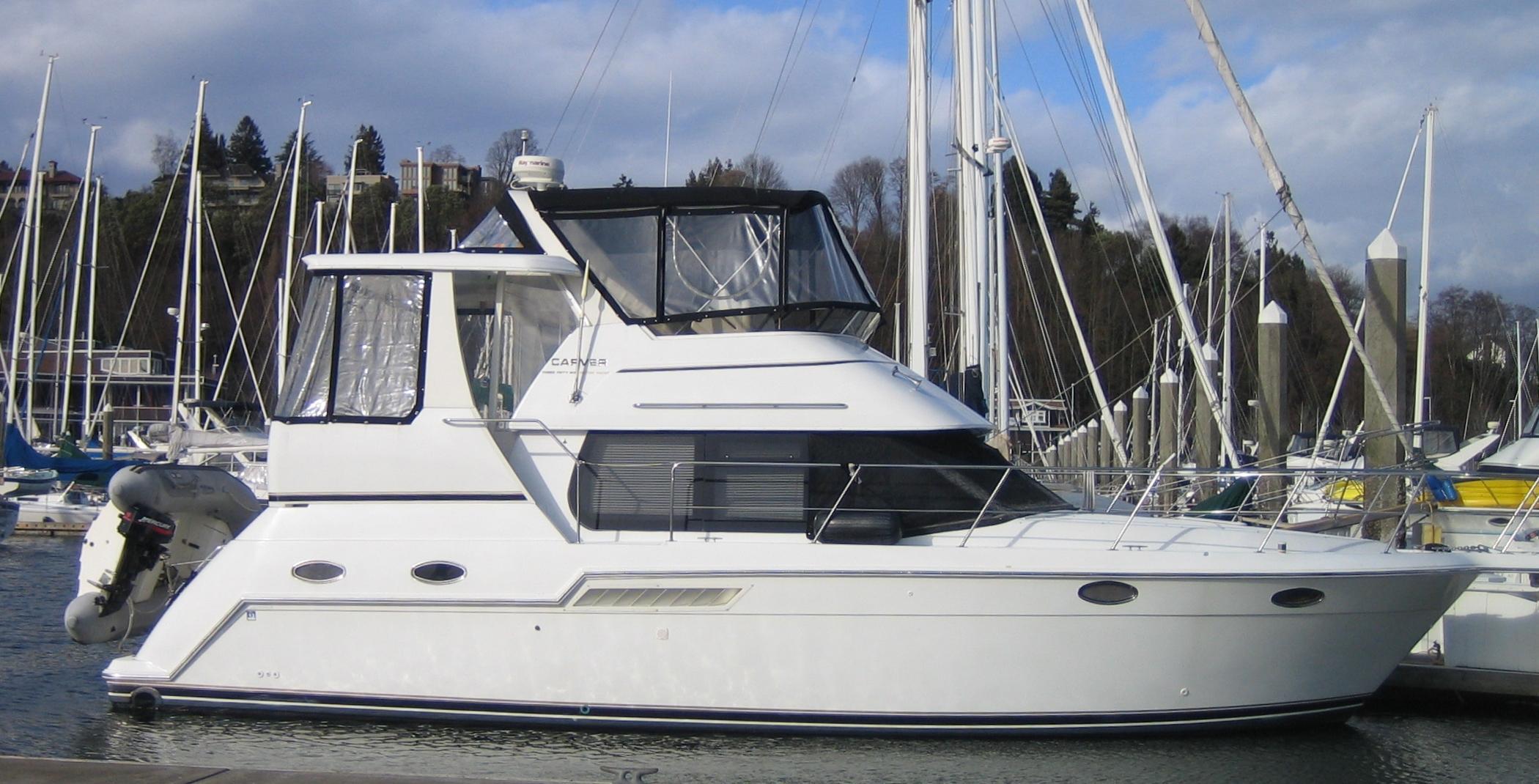 35 ft 2000 carver 356 aft cabin motor yacht