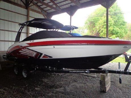 2016 Chaparral 243 Vortex VRX Surf Boat