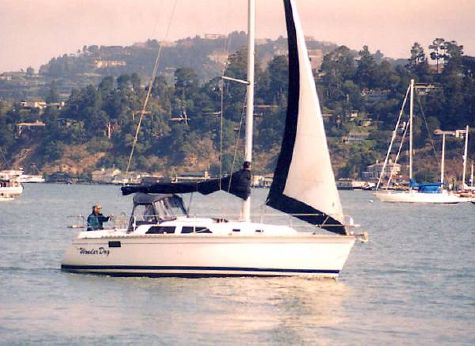 1990 Hunter Legend sloop