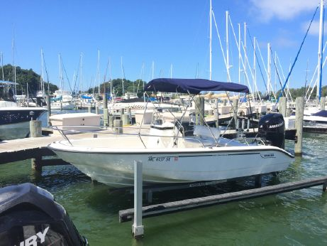 2006 Boston Whaler 180 Dauntless